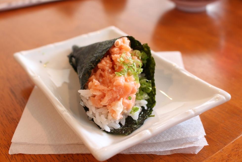 hand-roll-sushi3