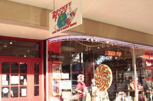 rocket-fizz-loja-de-doces-e-refrigerante