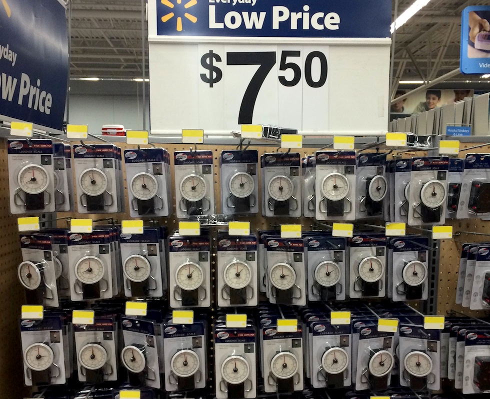 balanca-orlando. Algumas lojas de bagagens vendem a balança bem mais cara,  de U  15,00 a U  30,00. Não compre! Deixe para comprar no Walmart e  carregue ... ef78c568dc