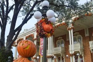 como-e-a-festa-de-halloween-da-disney1