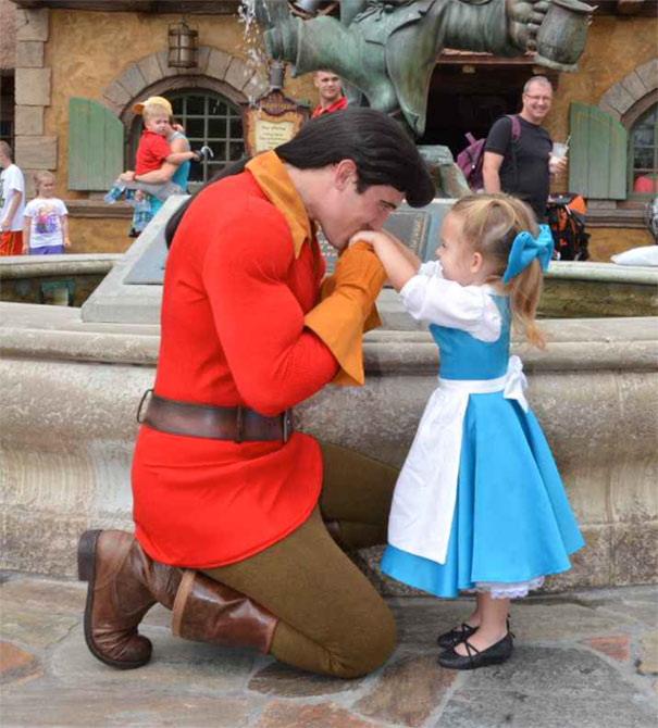 mom-sews-disney-costumes-60