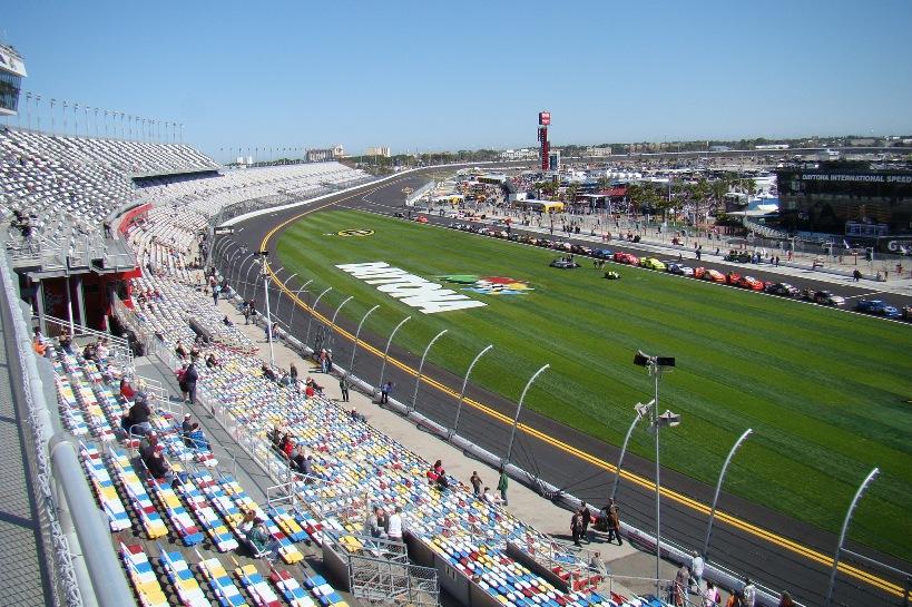 Daytona_International_Speedway_2011