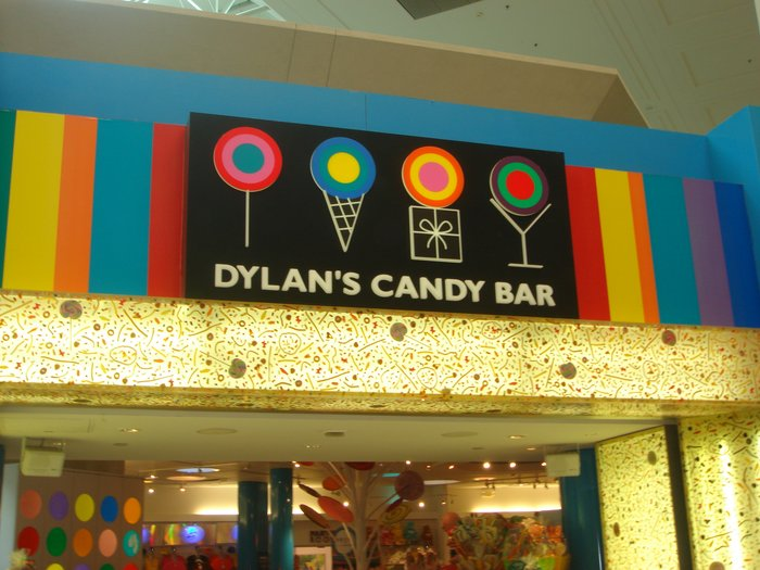 Dylan-Candy-Bar